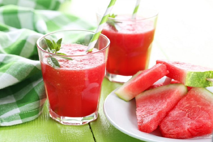 bebidas refrescantes zumo de sandia